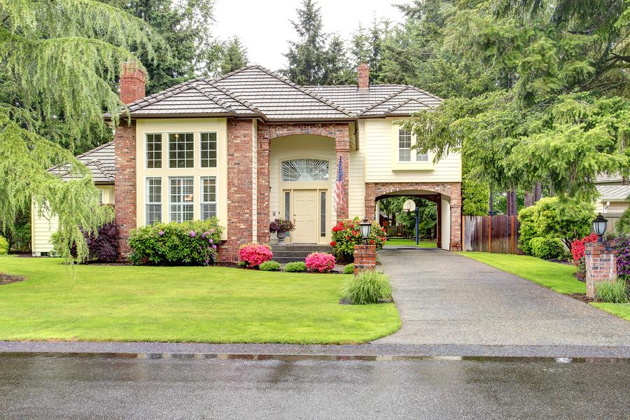 beautiful photo of a nice house